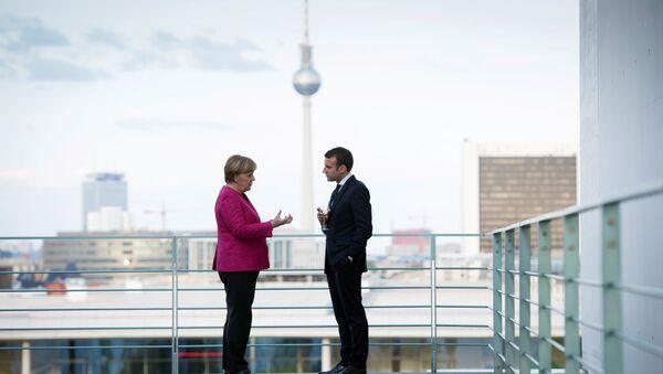 Angela Merkel i Emmanuel Macron w Berlinie, 2017 rok - Sputnik Polska