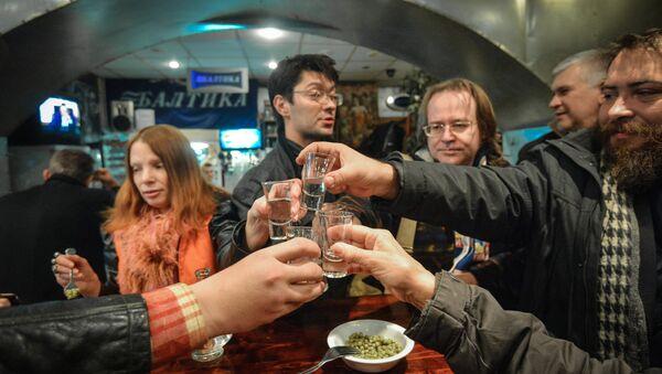 Spożywanie alkoholu - Sputnik Polska