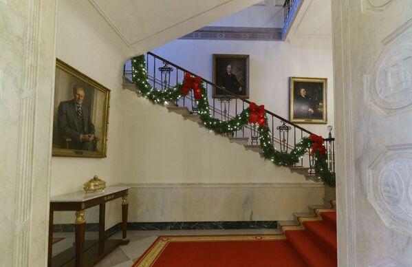 Dekoracje świąteczne w Białym Domu - Sputnik Polska