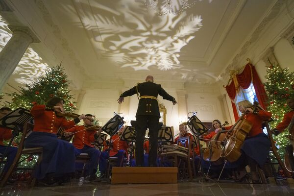 Występ amerykańskiej Orkiestry Morskiej w Białym Domu - Sputnik Polska