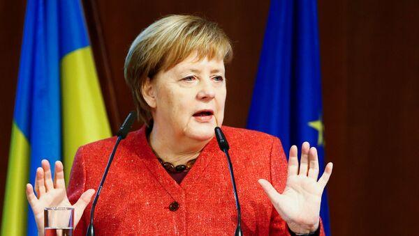 Kanclerz RFN Angela Merkal na otwarciu trzeciego Niemiecko-Ukraińskiego Forum w Berlinie - Sputnik Polska