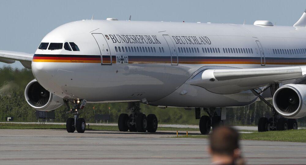 Samolot rządowy Airbus A340 niemieckiej kanclerz Angeli Merkel