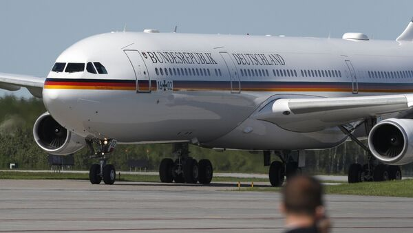 Samolot rządowy Airbus A340 niemieckiej kanclerz Angeli Merkel - Sputnik Polska