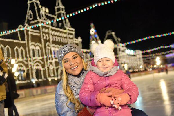 Uroczyste otwarcie lodowiska GUM - Sputnik Polska