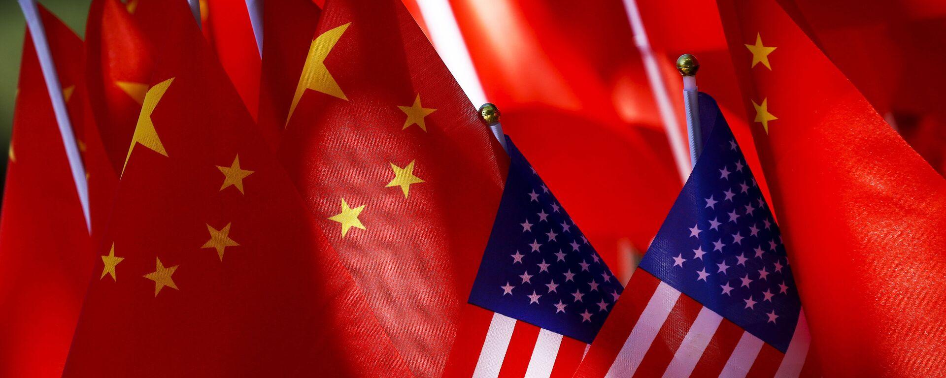 Flagi USA i Chin. - Sputnik Polska, 1920, 29.08.2021