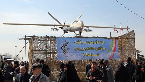Irański dron Shahed 129 podczas uroczystości w Teheranie - Sputnik Polska