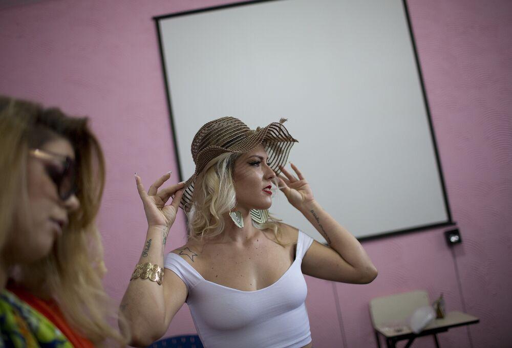 Uczestniczki corocznego konkursu piękności Miss Talavera Bruce w Rio de Janeiro