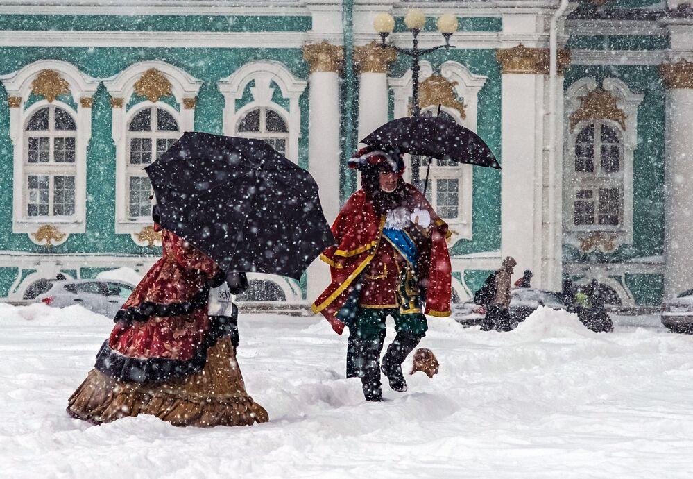 Plac Pałacowy w Petersburgu