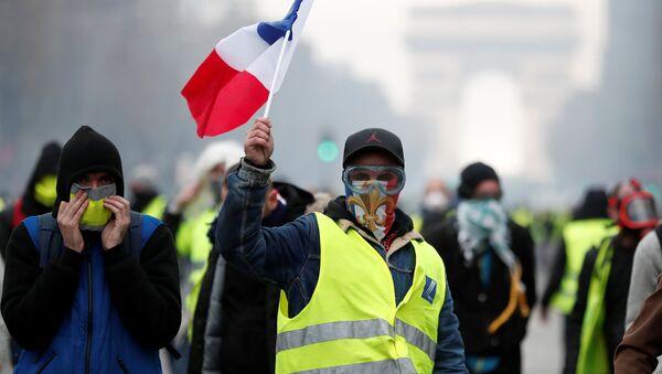 Protesty żółtych kamizelek, Paryż - Sputnik Polska