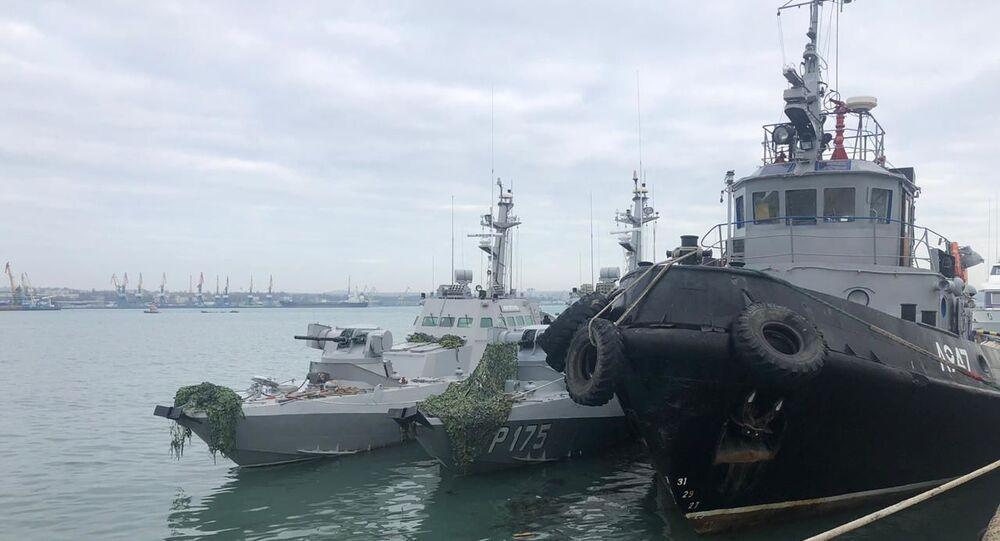 Zatrzymane ukraińskie okręty dostarczono do portu Kercz