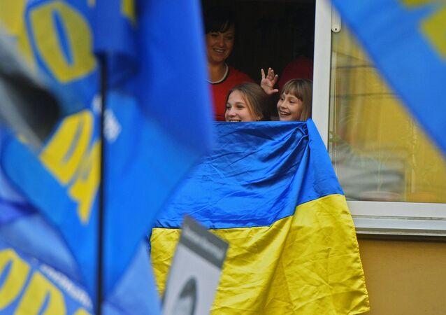 Mieszkańcy Kijówa podczas Marszu bochaterów