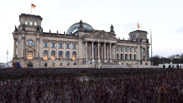 Budynek Bundestagu w Berlinie - Sputnik Polska
