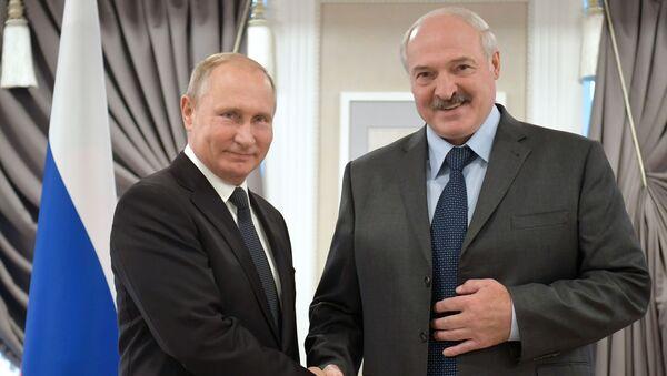 Prezydent Rosji Władimir Putin i prezydent Białorusi Aleksander Łukaszenka w czasie spotkania w Mogilewie - Sputnik Polska