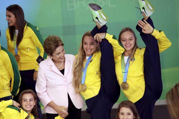 Prezydent Brazylii Dilma Rousseff podczas ceremonii przyjęcia delegacji na Igrzyskach Panamerykaskich - 2015 w Brazylii - Sputnik Polska