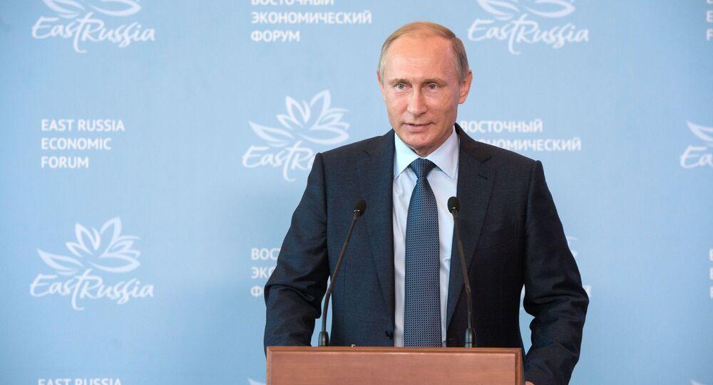 Prezydent Rosji Władimir Putin na sesji plenarnej Wschodniego Forum Ekonomicznego