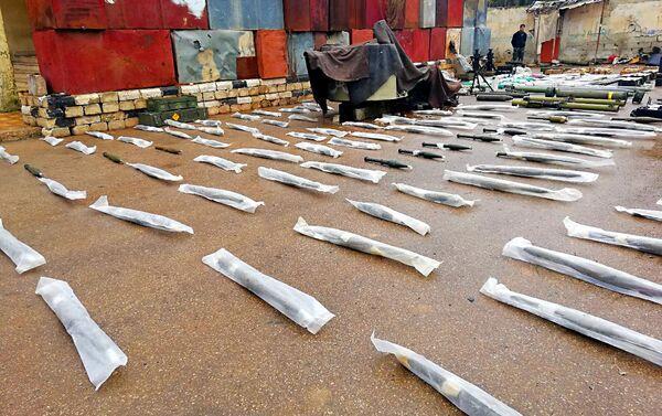 Skład broni pozostawiony przez terrorystów w prowincji Dara - Sputnik Polska