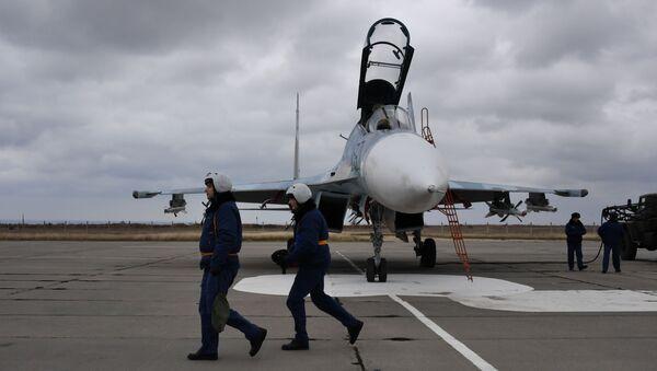 Piloci myśliwca Su-30M2 - Sputnik Polska