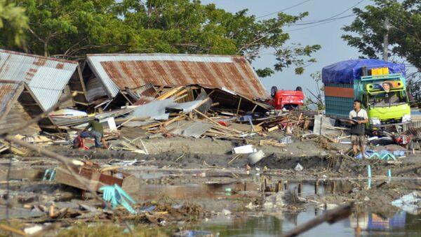 Ofiary tsunami w Indonezji - Sputnik Polska
