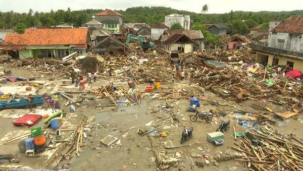 Tsunami w Indonezji - Sputnik Polska