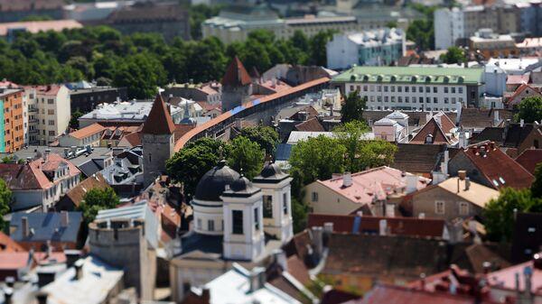 Widok na Stare Miasto ze szczytu kościoła św. Olafa w Tallinie - Sputnik Polska