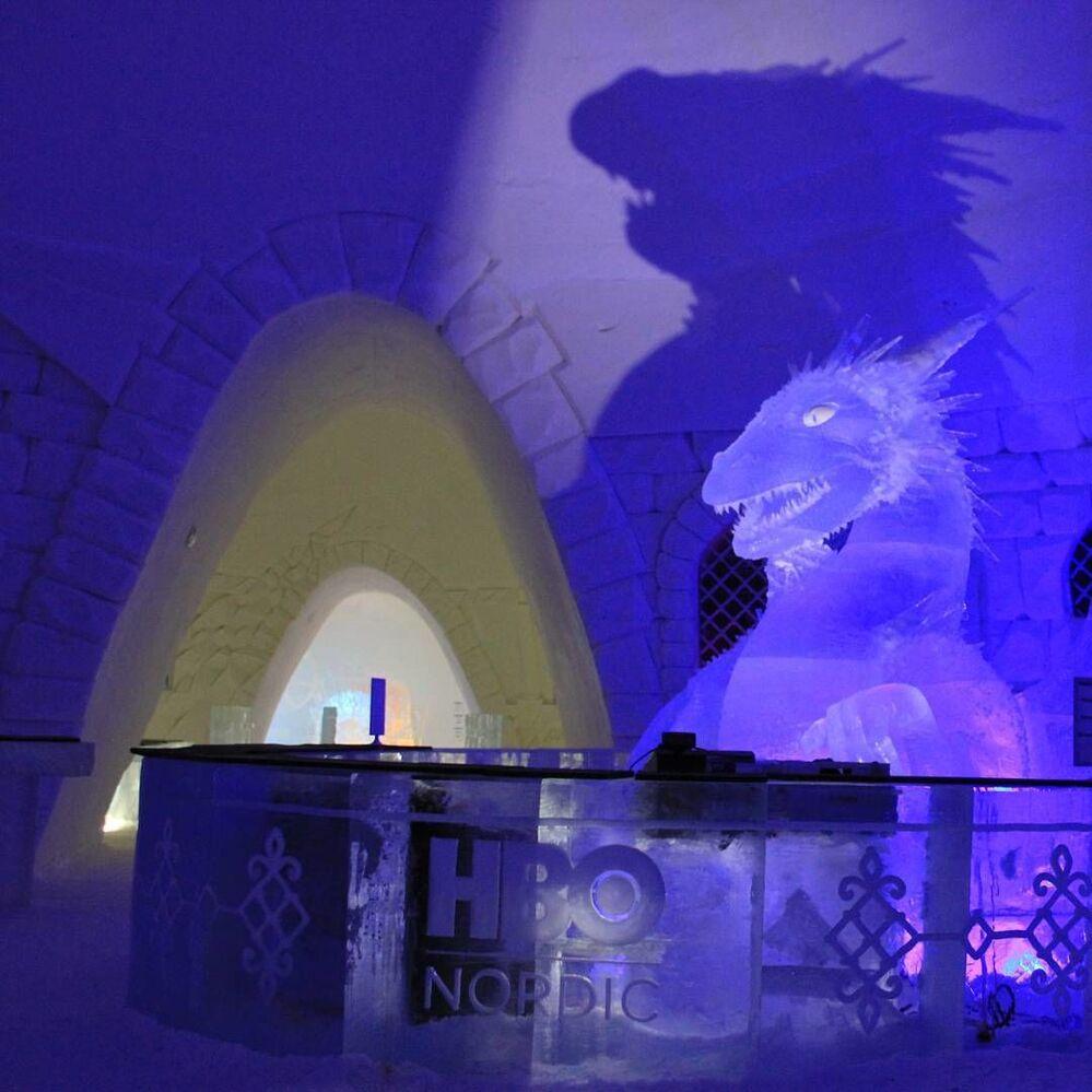 Hotel lodowy Snow Hotel w Finlandii