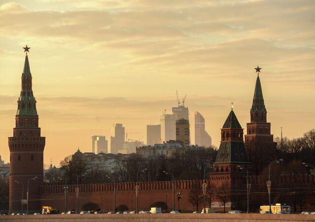 Widok na Kreml od strony rzeki Moskwy