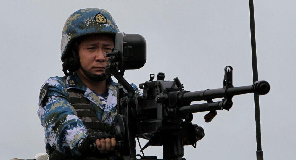 Żołnierz piechoty morskiej Chińskiej Armii Ludowo-Wyzwoleńczej