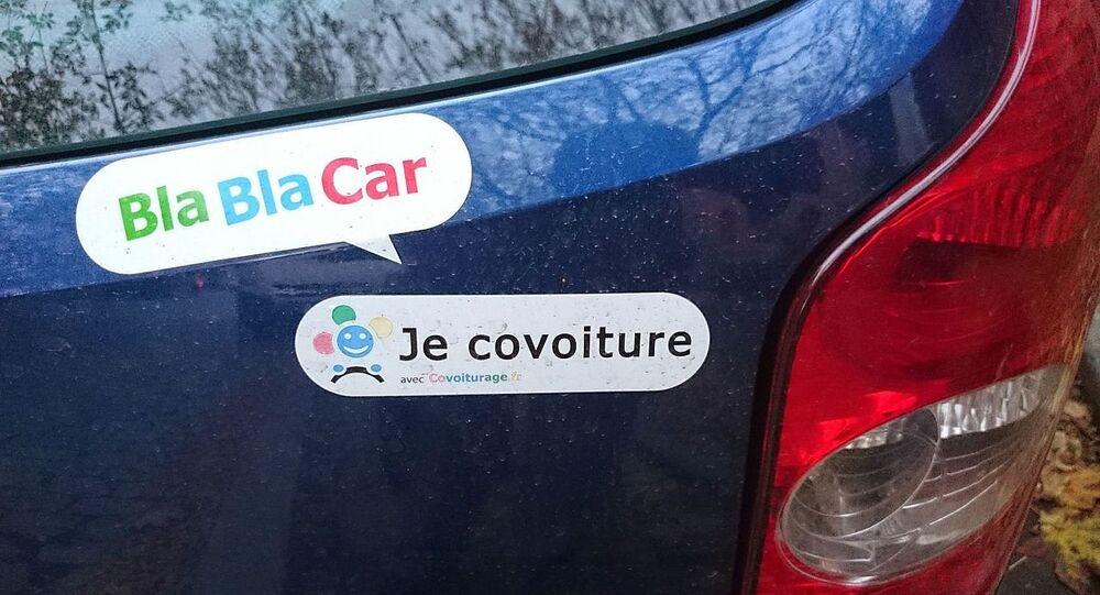 Nalepka BlaBlaCar na samochodzie