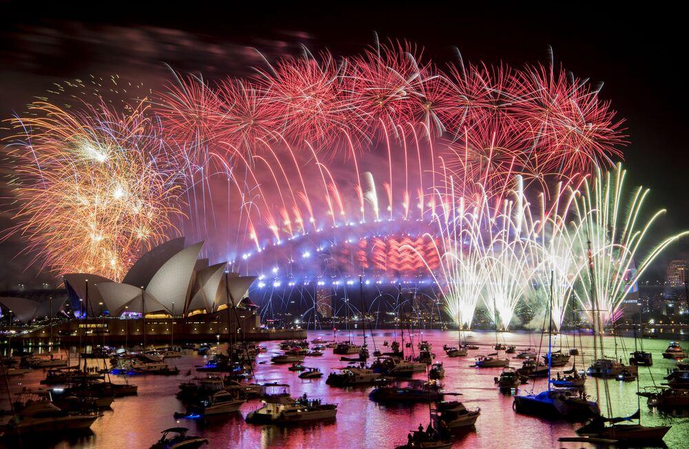 Sylwestrowy pokaz sztucznych ogni w Sydney