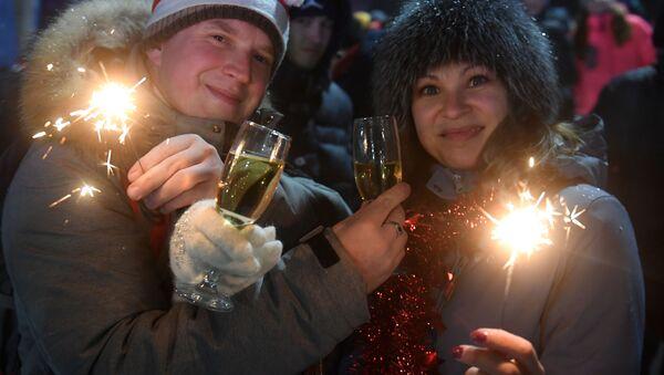 Powitanie Nowego Roku 2019 przy głównej choince w Kazaniu - Sputnik Polska