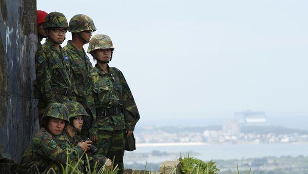 Tajwańscy wojskowi podczas ćwiczeń wojskowych - Sputnik Polska