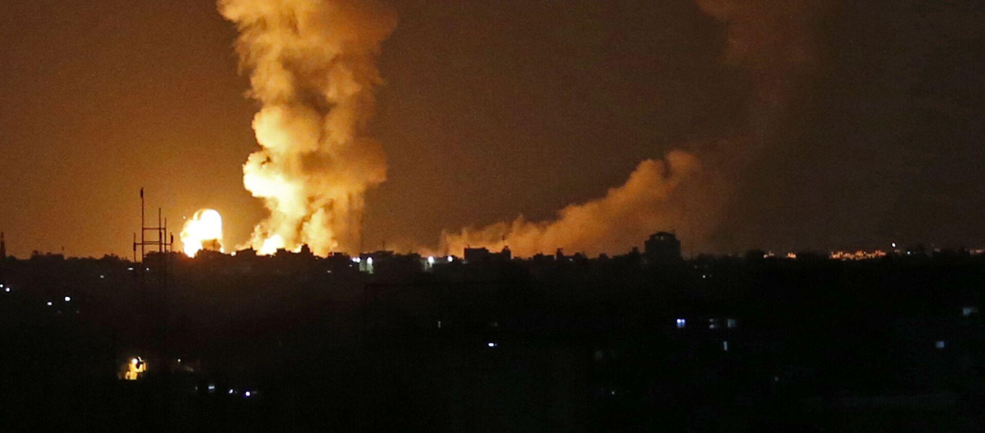 Последствия бомбардировки израильскими самолетами Сектора Газа - Sputnik Polska, 1920, 10.05.2021