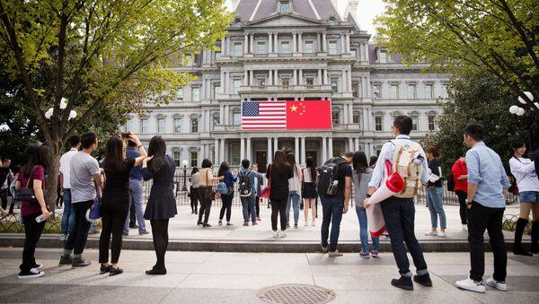 Flagi USA i Chin w Waszyngtonie - Sputnik Polska