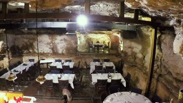 Restauracja w jaskini - Sputnik Polska