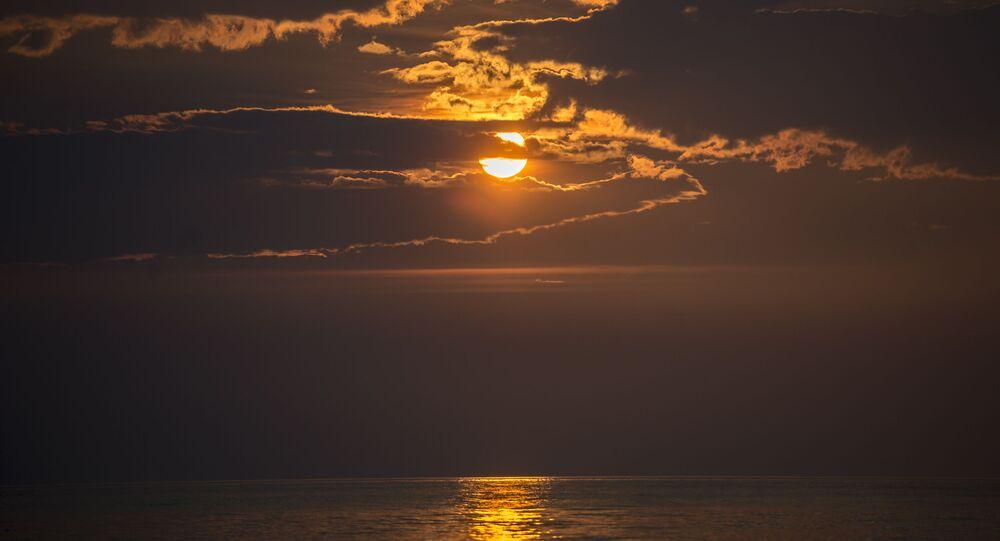 Zachod słońca na jeziorze Bajkał