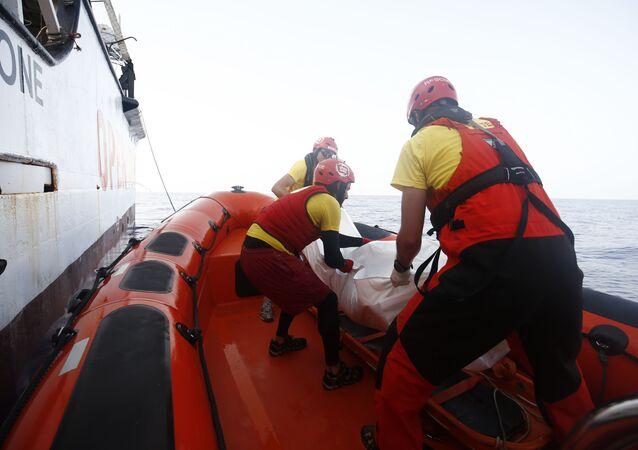 Hiszpanscy ratownicy na Morzu Śródziemnym