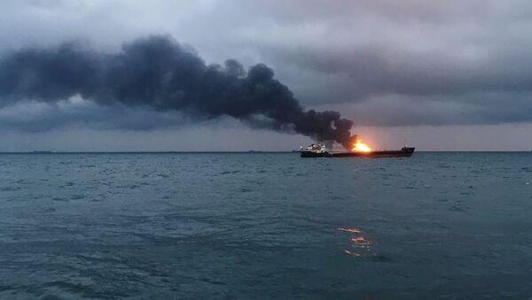 Pożar statku - Sputnik Polska