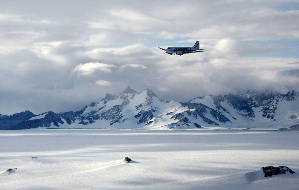Pasmo górskie Woltat na Antarktydzie