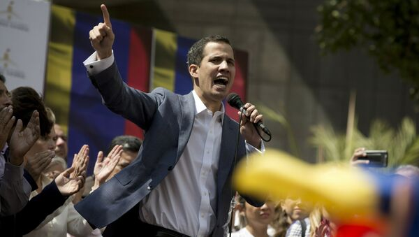 Szef opozycyjnego parlamentu Wenezueli Juan Guaido - Sputnik Polska