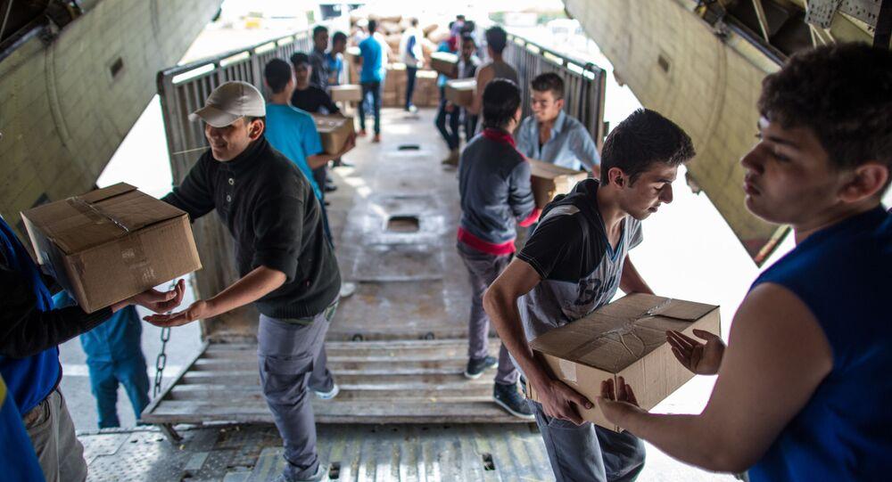 Rozładowanie samolotu MSN Rosji z pomocą humanitarną w Syrii