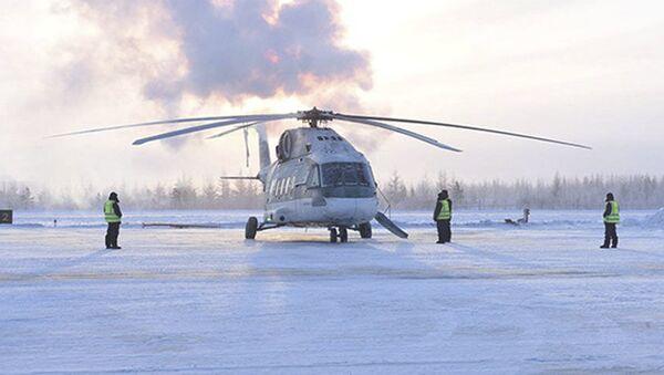 Testy śmigłowca Mi-38 w warunkach ekstremalnych mrozów w Jakucji - Sputnik Polska
