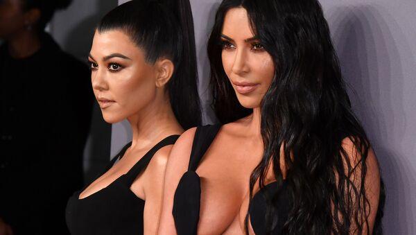 Wielka demaskacja. Jak naprawdę wyglądają siostry Kardashian? - Sputnik Polska