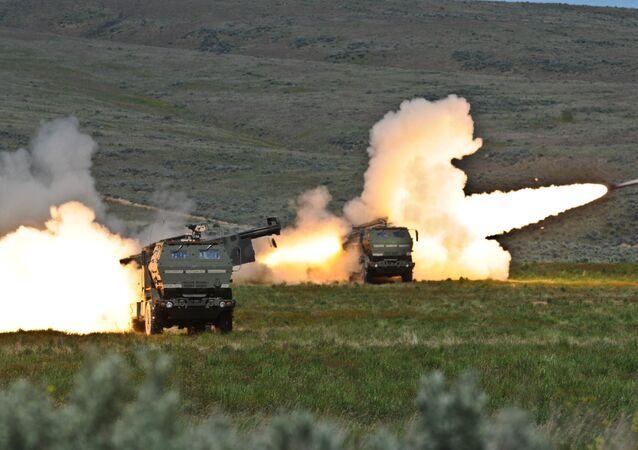 Amerykańskie wyrzutnie rakietowe HIMARS