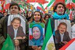 Protesty irańskiej opozycji w Paryżu