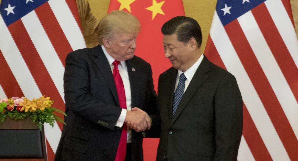 Prezydent USA Donald Trump i prezydent Chin Xi Jinping podczas spotkania w Pekinie
