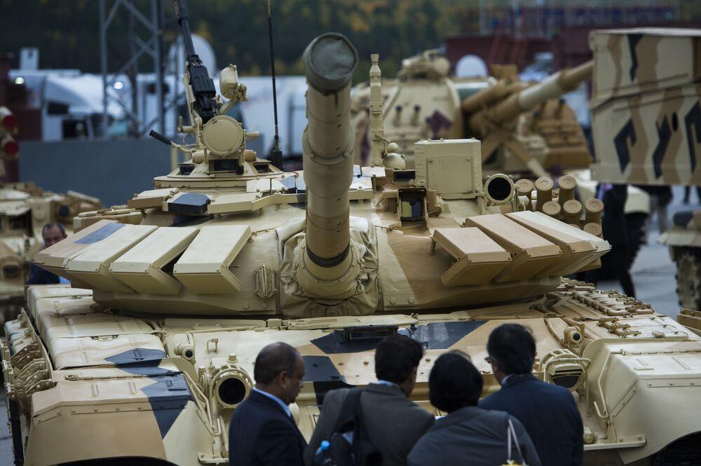 Czołg T-72-63 na Międzynarodowych Targach Wojskowych Russia Arms Expo
