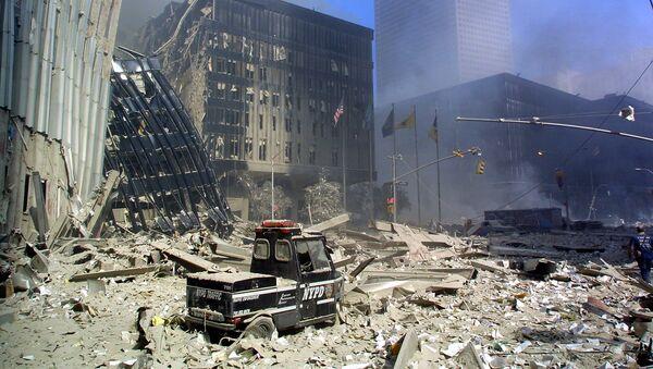 Gruzy po zamachach terrorystycznych 11 września w Nowym Jorku - Sputnik Polska