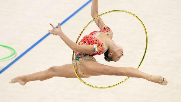 Rosjanka Aleksandra Sołdatowa podczas występu na Mistrzostwach w gimnastyce artystycznej w Stuttgarcie - Sputnik Polska
