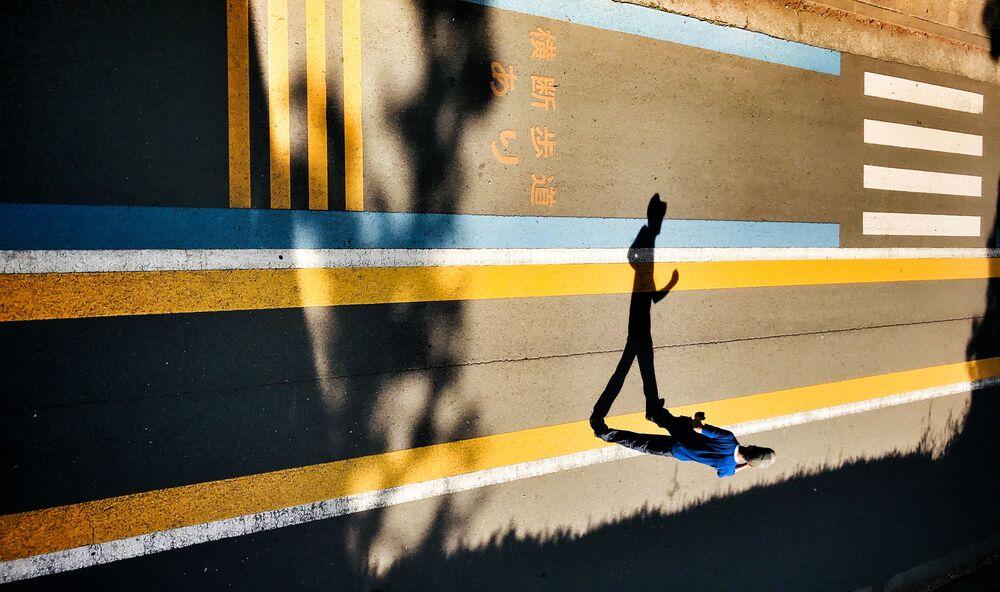 Fot. Laurence'a Boucharda, który wygrał w kategorii Street Photography w konkursie Mobile Photography Awards 2018