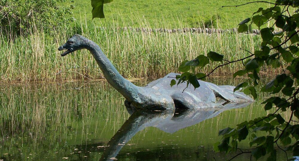 Replika potwora z Loch Ness